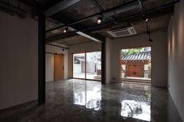Phòng khách by 서가 건축사사무소