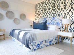 Colour Kaleidoscope: classic Bedroom by Studio Mitchell