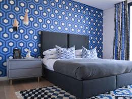 Colour Kaleidoscope: modern Bedroom by Studio Mitchell