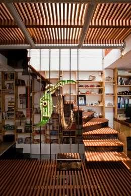 a21house:  Hành lang by a21studĩo