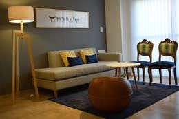 Departamento en Barrio Chateau: Livings de estilo ecléctico por Da!  Diseño de  Interiores