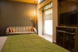 Ms. Suman, Chembur: modern Bedroom by Aesthetica