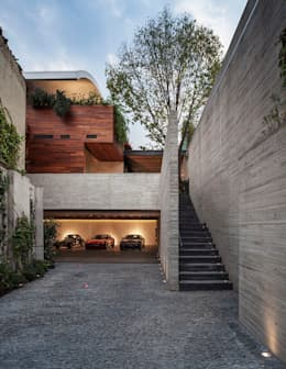 Acceso Estacionamiento: Casas de estilo moderno por Eduardo Gutiérrez Taller de Arquitectura
