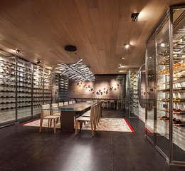 Cava - Comedor: Cavas de estilo moderno por Eduardo Gutiérrez Taller de Arquitectura