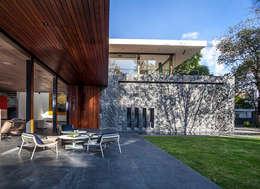 Terraza Jardín: Terrazas de estilo  por Eduardo Gutiérrez Taller de Arquitectura