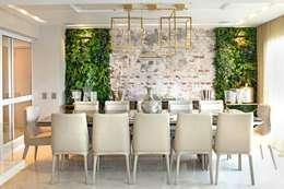Sala de Jantar: Salas de jantar ecléticas por Célia Orlandi por Ato em Arte