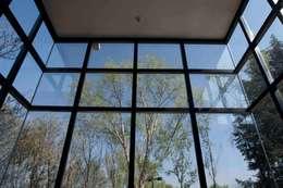 Casa La Estadía: Salas de estilo minimalista por Eduardo Gutiérrez Taller de Arquitectura