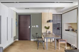 Puertas de estilo  por 禾廊室內設計