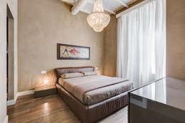 Dormitorios de estilo moderno de EF_Archidesign