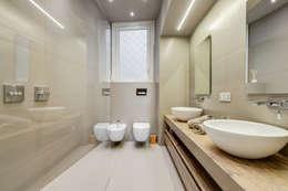 Baños de estilo moderno de EF_Archidesign