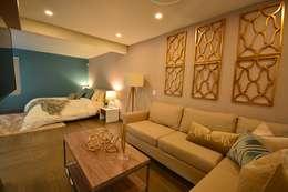 Casa Lirio : Recámaras de estilo moderno por Lo Interior