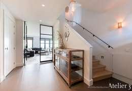 Landelijke villa in Castricum:  Villa door Architectenbureau Atelier3
