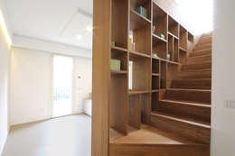 Escaleras de estilo  por JFD - Juri Favilli Design