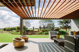 two floating boxes:  Patios by drew architects + interiors
