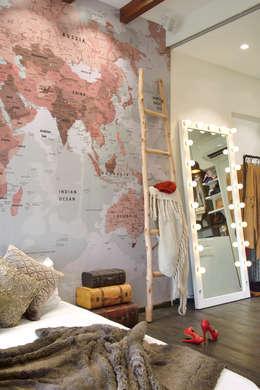 modern Bedroom by SAGA Design