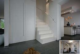 hal-trap:  Gang en hal door KleurInKleur interieur & architectuur
