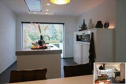 keuken: moderne Keuken door KleurInKleur interieur & architectuur