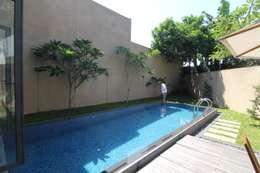 modern Pool by sony architect studio