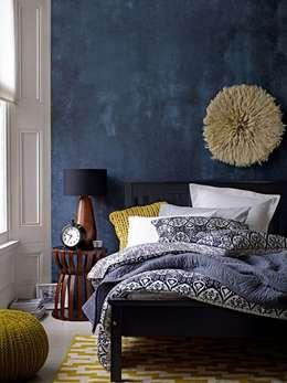 Interior Design Eclectic: Quartos ecléticos por No Place Like Home ®