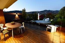 ...Il giardino dopo!: Terrazza in stile  di stuArts - studio dell'Architettura e delle Arti