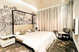 BEDROOM - 2: asian Bedroom by DESIGNER'S CIRCLE