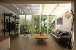 Projekty,  Salon zaprojektowane przez Co*Good Design Co. Ltd.