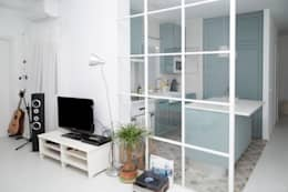 modern Living room by Remake lab