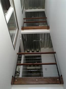 Oficina Hernando de Aguirre: Oficinas y Comercios de estilo  por MSGARQ