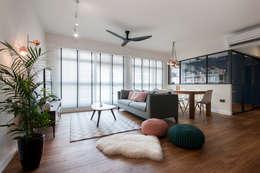 Phòng khách by Eightytwo Pte Ltd