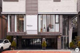 프레스카 헤어: IRO Design의  주택