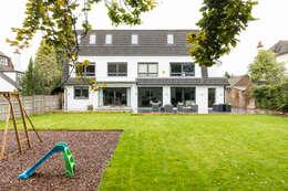 Projekty, nowoczesne Domy zaprojektowane przez Model Projects Ltd