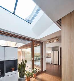 屋頂 by 주식회사 착한공간연구소