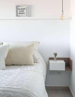 Obra Los Incas - Diseño Integral depto. 2 ambientes: Dormitorios de estilo industrial por Bhavana