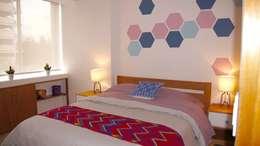 Habitación Franko & Co.: Recámaras de estilo moderno por Franko & Co.