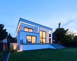 Projekty, nowoczesne Domy zaprojektowane przez Philip Kistner Fotografie