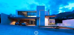 Fachada principal / noche: Casas de estilo moderno por Nova Arquitectura