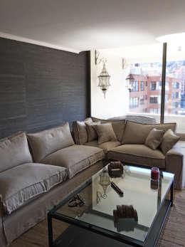 Penthouse Vitacura: Livings de estilo moderno por NEF Arq.