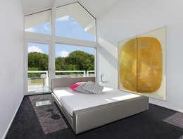 Спальни в . Автор – DAVINCI HAUS GmbH & Co. KG