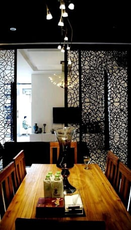 All Our Interior Works: classic Dining room by Bro4u Pvt Ltd