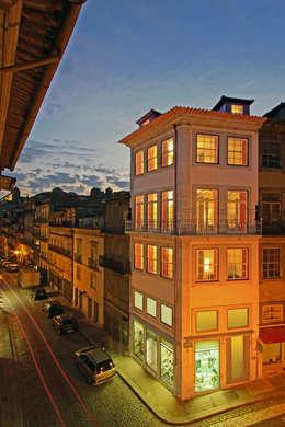 Edificio: Casas de estilo moderno de Filipe Architect