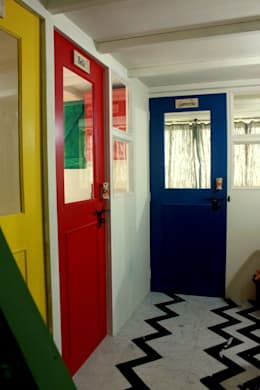 Zoomstart India - the first  bohemian themed co-working space in India:  Commercial Spaces by deZinebox