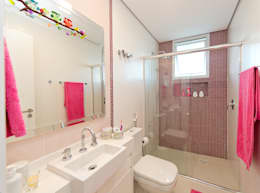 Baños de estilo  por +2 Arquitetura