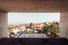 Edificio VH: Casas de estilo moderno por BCA taller de diseño