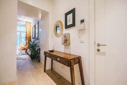 Rua Cor de Rosa - T1 : Corredor, hall e escadas  por YS PROJECT DESIGN