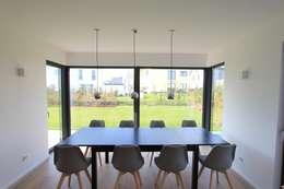 Столовые комнаты в . Автор – STRICK  Architekten + Ingenieure