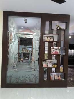 Project Gayatri - Mahalaxmi Layout - Bangalore: modern Living room by Pebblewood.in