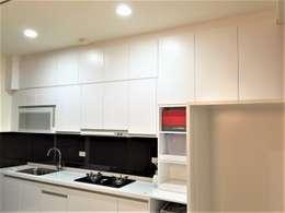 寶佳室內設計及施工:  廚房 by 寶佳室內裝修工務所