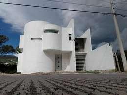 Casas de estilo minimalista por arqIVE