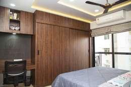 Mrs. Rama Vaidyananath: modern Bedroom by Aesthetica