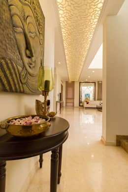 Designer ceiling with light :  Corridor & hallway by NVT Quality Build solution